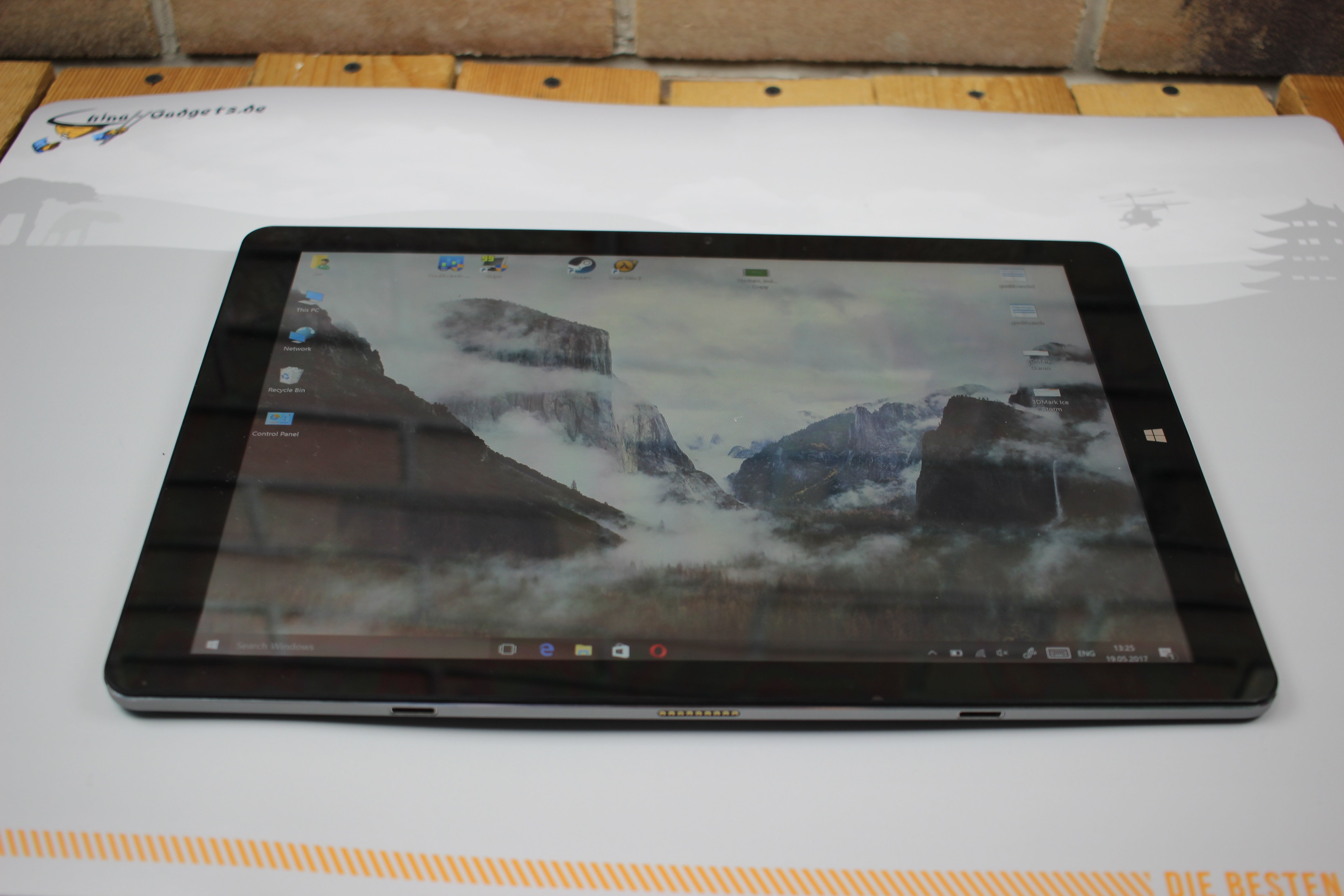 chuwi hi13 windows tablet with 3k display in our review rh china gadgets com
