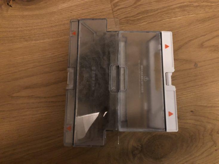 Xiaomi RoboRock Sweep One Vacuum Robot Dust Chamber Comparison Mi Robot