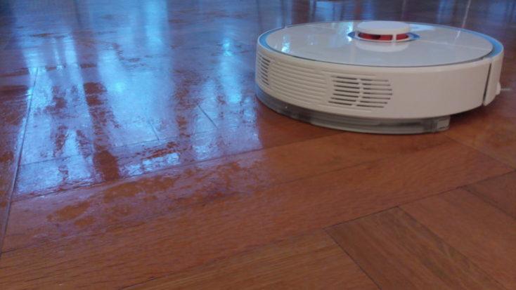 Xiaomi RoboRock Sweep One Vacuum robot Wiping function