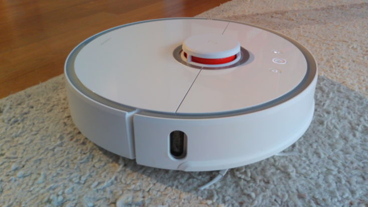 Xiaomi RoboRock Sweep One vacuum robot Carpet