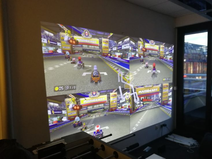 Mario Kart displayed by the Xiaomi projector