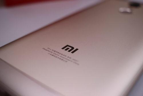 Xiaomi Redmi 5 Plus Backside