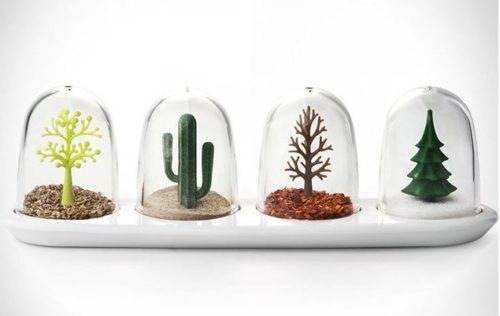 Crazy salt and pepper shakers four seasons