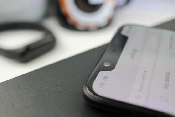 Xiaomi Mi 8 front camera Notch