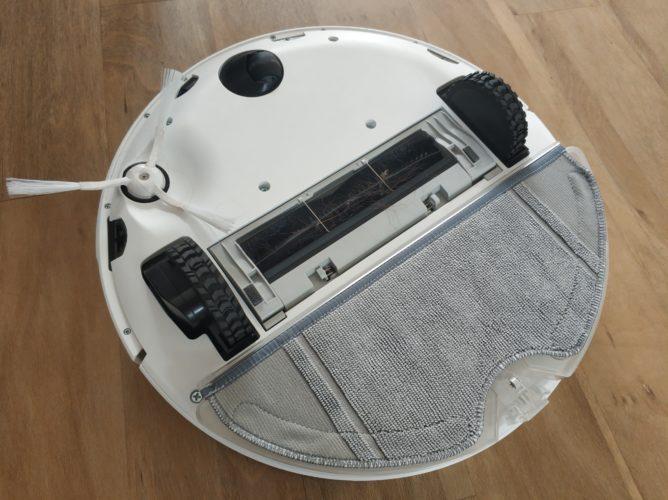 360 S7 Vacuum robot underside wiping function