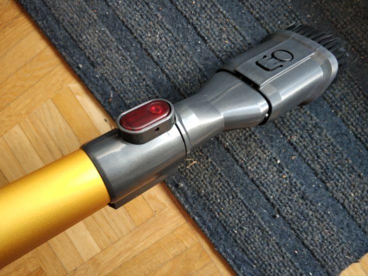 Dibea D18 battery vacuum cleaner brush attachment