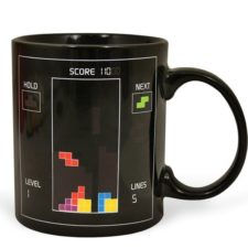 Heat sensitive coffee cup tetris