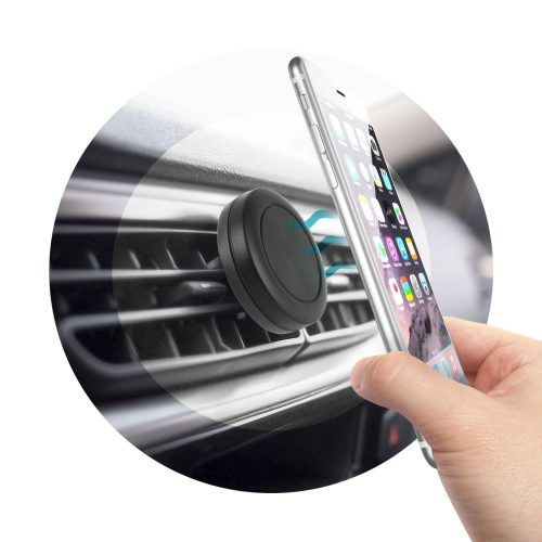 Magnetic Cell Phone Holder in the Car with Smartphone