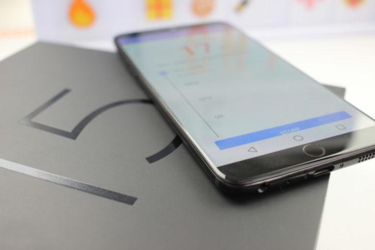 Meizu 15 Smartphone on Box