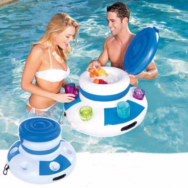 Swimming mini bar in the pool