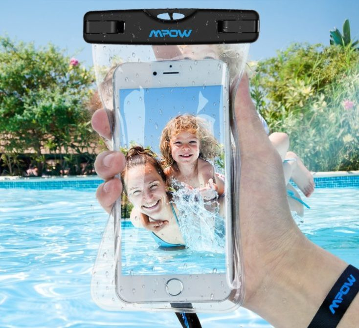 Mpow underwater case for smartphones in a pool