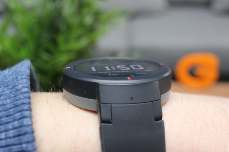 Huami Amazfit Verge on wrist