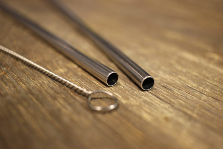 Stainless steel straw opening