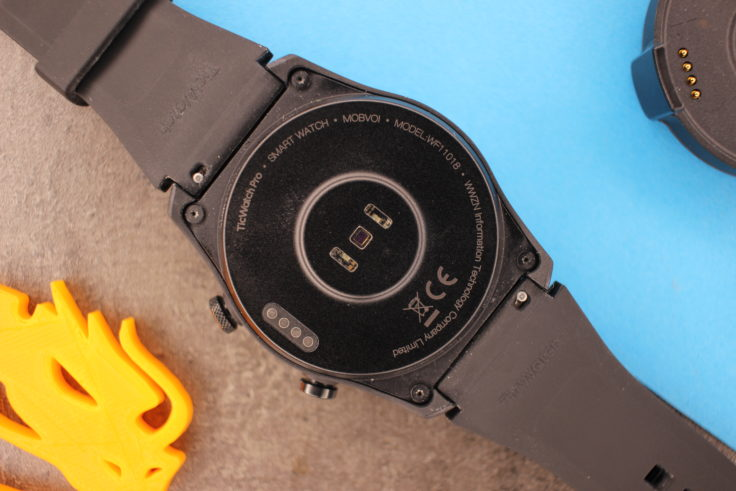 TicWatch Pro 4G LTE backside heart rate monitor charging contacts