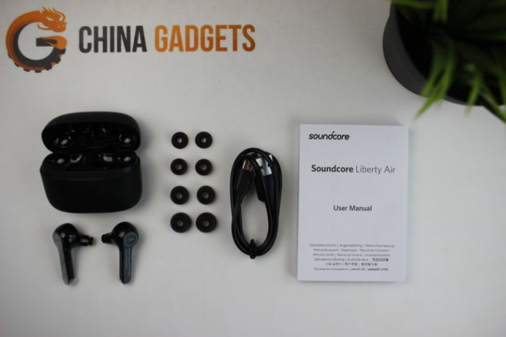 Anker Soundcore Liberty Air Scope of supply