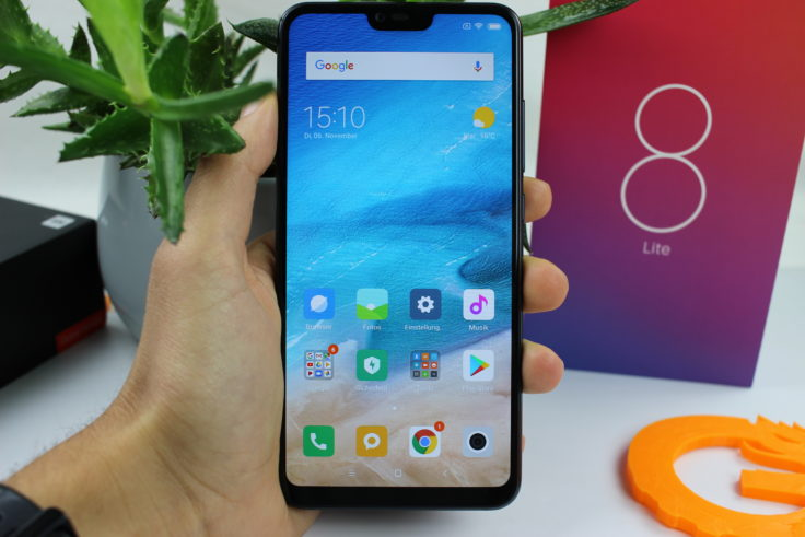 7a63678c5 Xiaomi Mi 8 Lite officially introduced - did they copy Honor