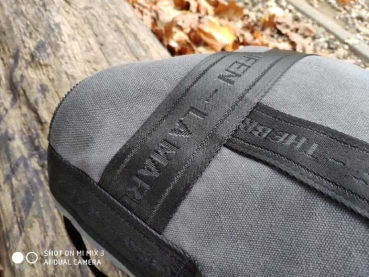 Xiaomi Mi Mix 3 test photo backpack