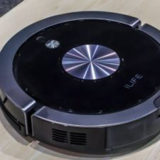 ILIFE A9S Vacuum robot CES