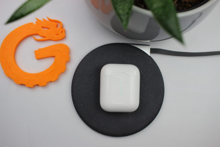 AirPod clone review: the TWS i10 for $18 99