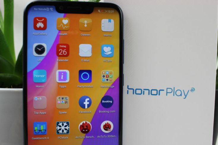 Honor Play Smartphone Display