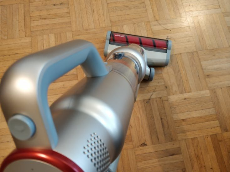 Lexy Jimmy JV71 Battery Vacuum Cleaner Handling