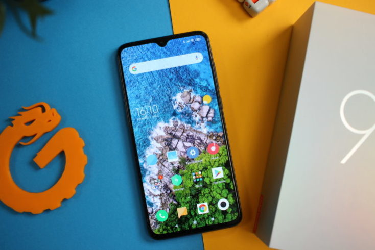 Xiaomi Mi 9 display from above