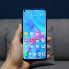 Huawei Nova 4 smartphone
