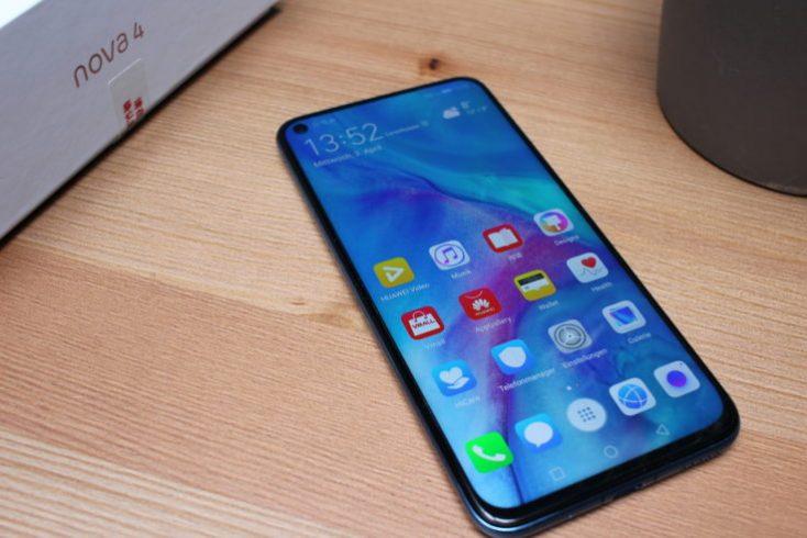 Huawei Nova 4 smartphone display horizontal