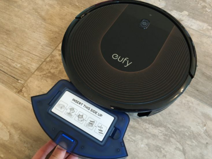 Anker eufy RoboVac 30C Vacuum robot Remove dust chamber
