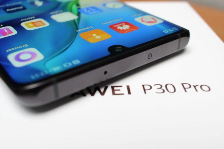 Huawei P30 Pro upper side