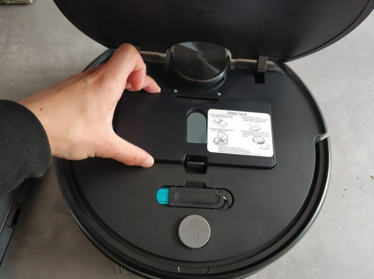 Viomi V2 Vacuum robot Wiping function Insert water tank