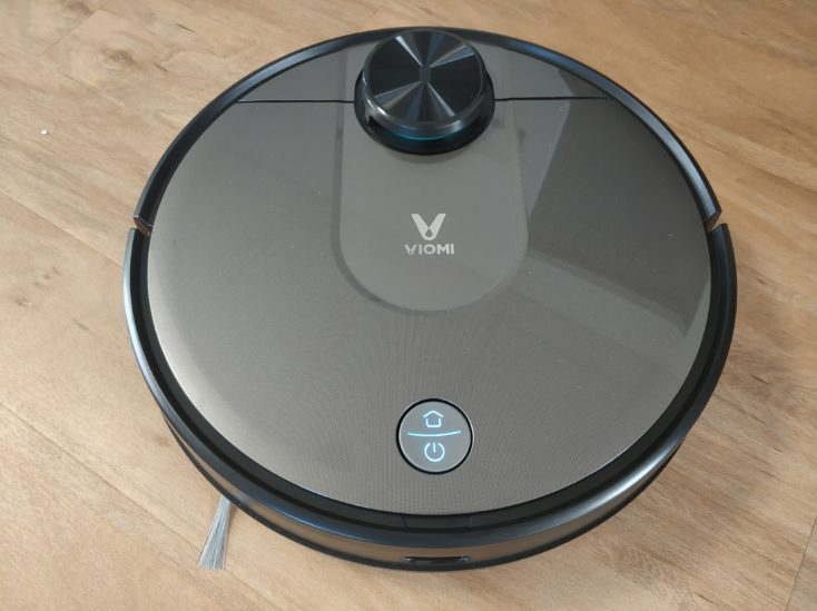 Viomi V2 vacuum robot design optics