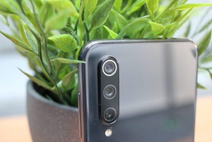 Xiaomi Mi 9 SE Triple Camera