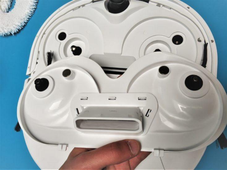 Narwal Robotics Vacuum Robot Underside Preparation