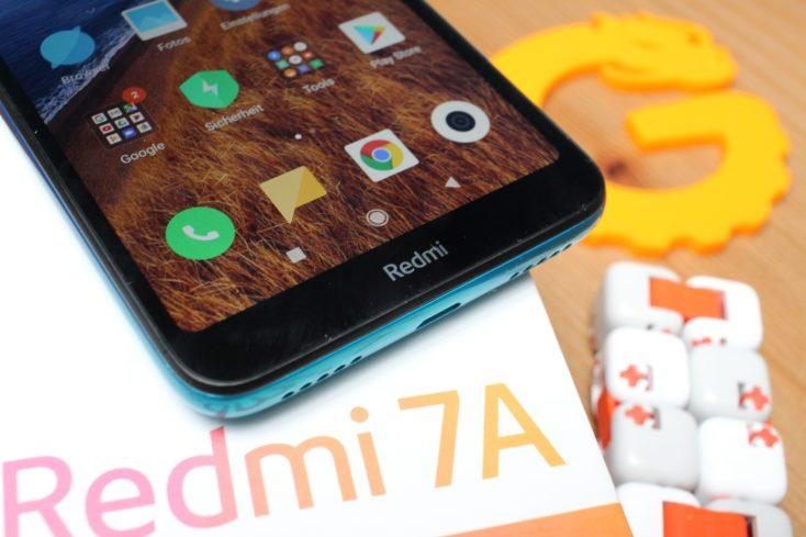 Redmi 7A Redmi lettering screen border