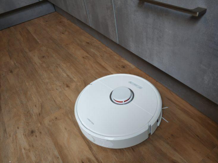Xiaomi Roborock S6 Vacuum robot Obstacles Kitchen