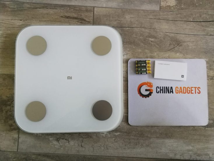 Xiaomi Mi Scale box content