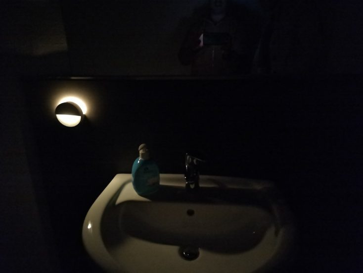 Xiaomi Mijia Bluetooth LED Night Light in the Bathroom
