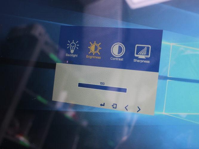 Tbao USB-C Monitor OSD