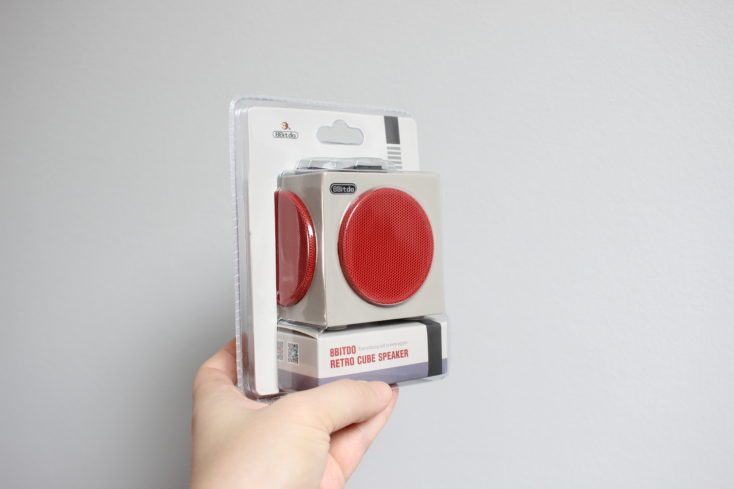 8Bitdo Retro Cube Speaker Plastic Packaging