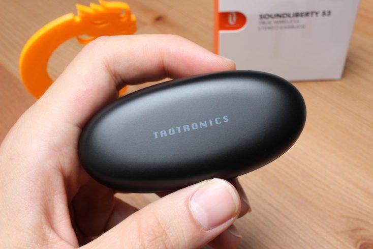 TaoTronics TT-BH053 charging box