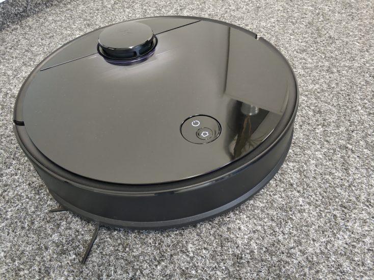 Roborock S4 vacuum robot carpet