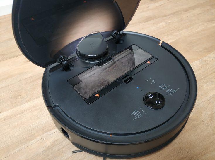Roborock S4 vacuum robot flap