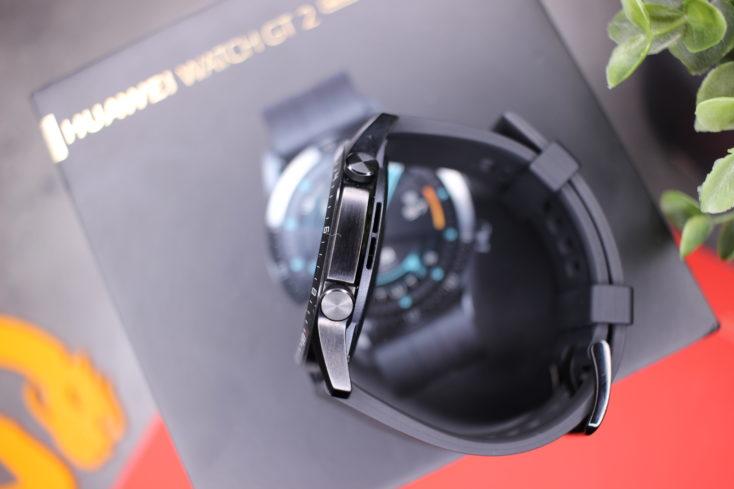 Huawei Watch GT 2 Side Design