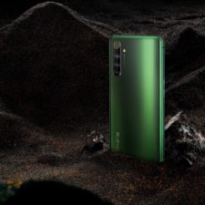 Realme X50 Pro 5G backside green