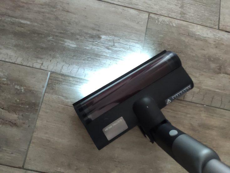 Roidmi NEX 2 Pro cordless vacuum cleaner automatic LED lights