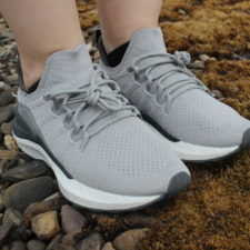 Xiaomi Mijia Fishbone Sneaker 4 on feet