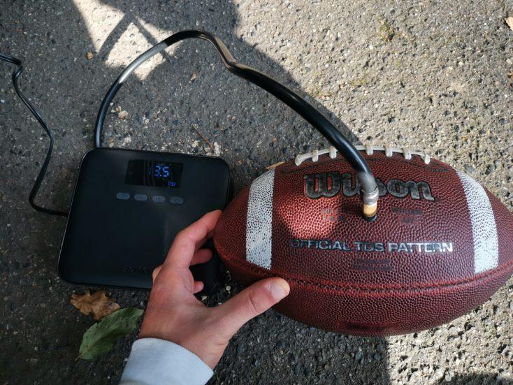 Xiaomi 70mai air pump inflate compressor Football