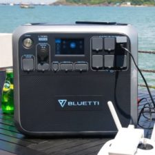 Bluetti AC200 Power Station