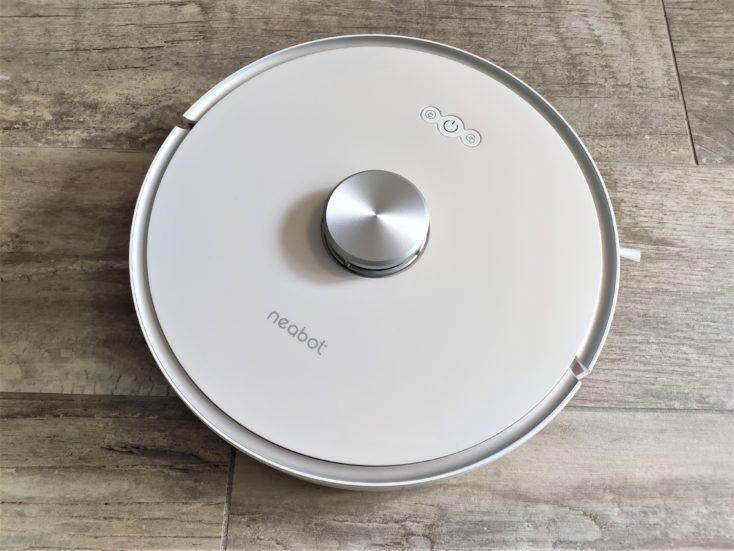 best robot vacuum self-emptying dustbin